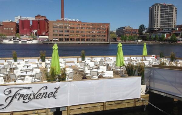 Kelluva terassi, Tampere